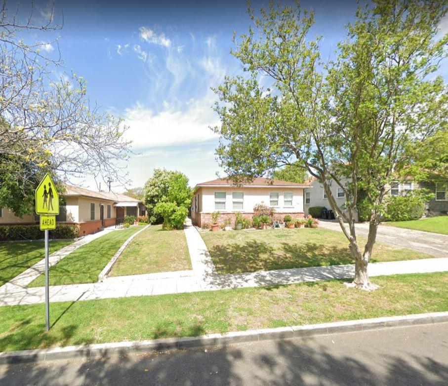423-425 E. HARVARD RD. BURBANK, CA 91501